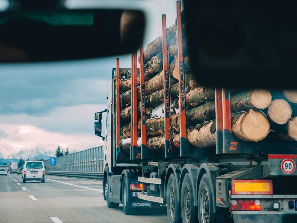 Jaka stawka VAT na transport międzynarodowy