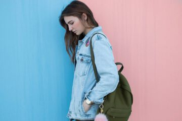 Jak zawiązać plecak worek, czyli nosimy się modnie!